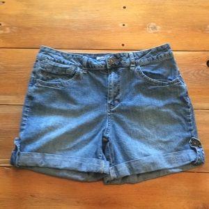 EUC St. John's Bay Jean Shorts size 14